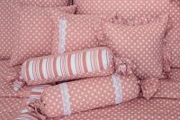 Velmi kvalitní bavlněné povlečení s puntíky a proužky v růžovo-bílé kombinaci český výrobce