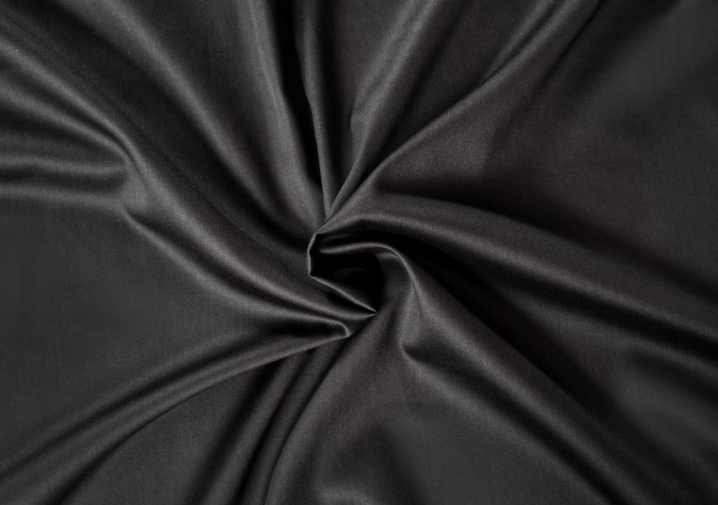 Černé saténové prostěradlo LUXURY COLLECTION Kvalitex
