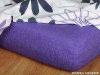 Kvalitní froté prostěradlo ve fialové barvě v purpurovém odstínu Dadka