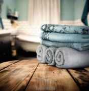 Luxusní ručník s efektem patiny, velmi savé | 1x 140/70 - fialová, 1x 140/70 - modrá, 1x 140/70 - šedá, 1x 140/70 - zelená, 1x 50/100  - modrá, 1x 50/100  - šedá, 1x 50/100  - zelená, 1x 50/100 - fialová